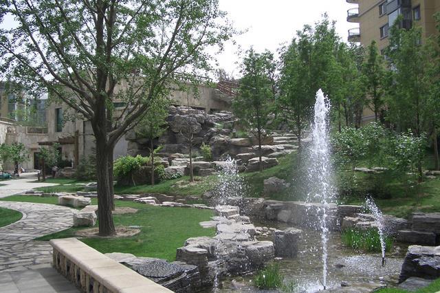 庭院智能加压喷灌系统